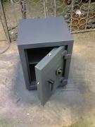 caja fuerte de piso contra incendio